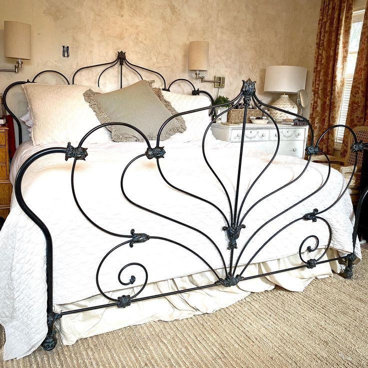 King size Bed FOR SALE! Discontinued Wesley Allen Tulip