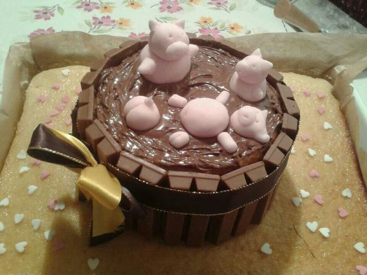 Happyoink birthday -made by me and my super mum