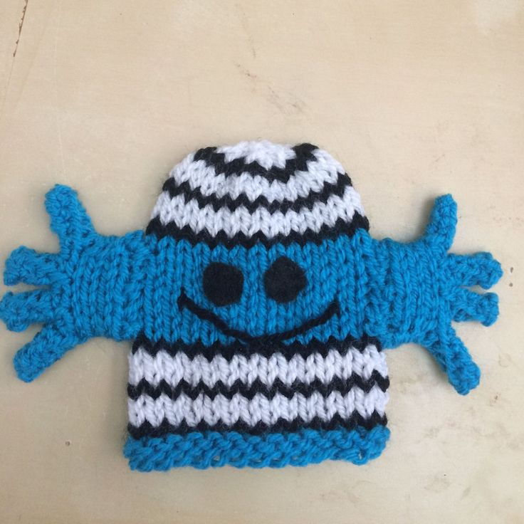 Knitting Patterns For Innocent Smoothie Hats : 25+ best ideas about Big Knits on Pinterest Big knit blanket, Big yarn blan...