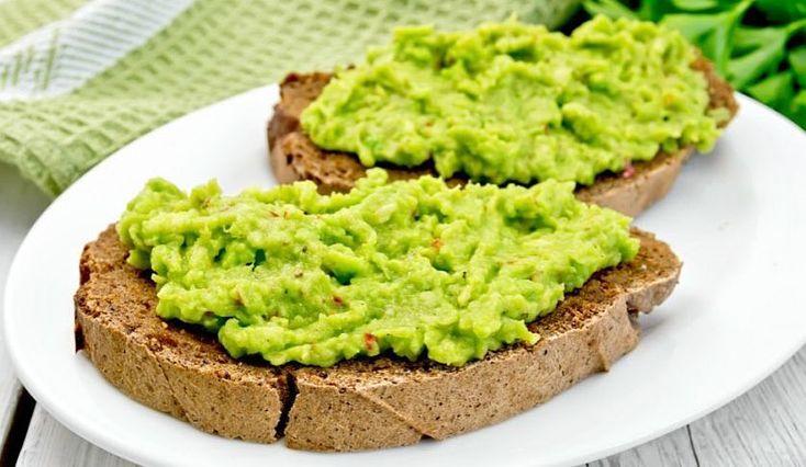 #ПОЛЕЗНЫЕ_РЕЦЕПТЫ  ПАСТА из АВОКАДО  Это очень простой рецепт.  Пасту можно использовать в качестве спреда на хлеб/тосты/бутерброды или как соус к разным блюдам Важное условие: авокадо должно быть спелым и мягким.  ИНГРЕДИЕНТЫ: Авокадо-1 шт. Чеснок-2 зубчика. Соль перец по вкусу.  ПРИГОТОВЛЕНИЕ: Авокадо размять вилкой. Чеснок почистить и измельчить. Перемешать авокадо чеснок добавить соль перец.  Приятного аппетита!  #домвегана #магазинздоровогопитания #авокадо #рецепты #здоровье #детям…