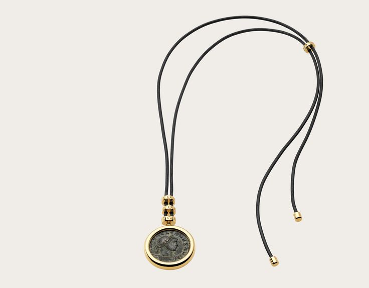 Monete 18Kイエローゴールド製ネックレス CL855795 - ブルガリの公式サイトにて、格調高きイタリアンジュエラーとしてのブルガリとそのコレクションをご覧ください。