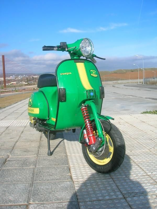 17 best images about lackarbeiten on pinterest motor for Garage scooter nice