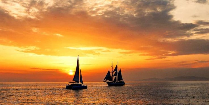 Have you ever dreamed of seeing a #Sunet while on a private yacht? Now you can with Sunset Oia Sailing Cruises