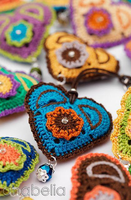 Crochet keychain by Anabelia