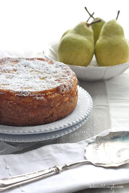 Pineapple, Pear & saffron Cake #recipe
