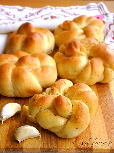 Pan de ajo con romero