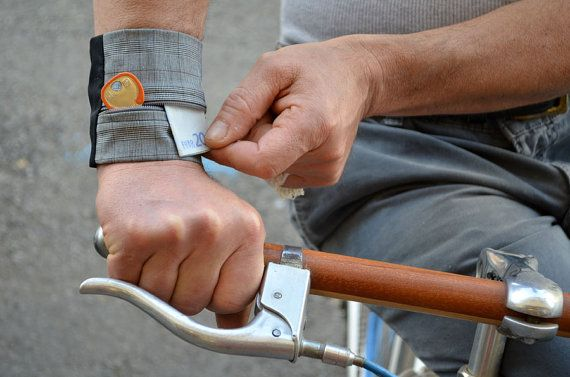 Borsellino da polso - Regalo esclusivo unisex- Portafoglio da viaggio - Borsellino da passeggio- Portamonete per ciclisti- Astuccio