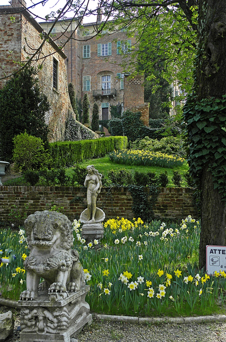 Garden at Castello di Piea d'Asti, Piemonte, Italy