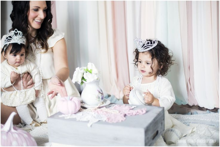 Mother Daughter Photography Session Tea Party! www.jamiedawnphotography.com