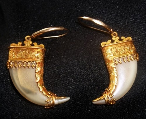 Antique Victorian 22K Gold & Real Tiger Claw Earrings