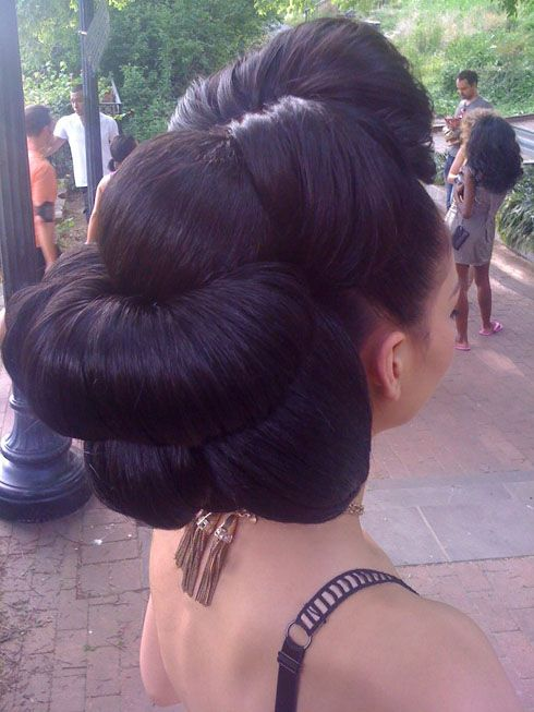 By stylist Kalizya Hutchinson from Nival Salon and Spa in Chevy Chase, Maryland...want to do this!