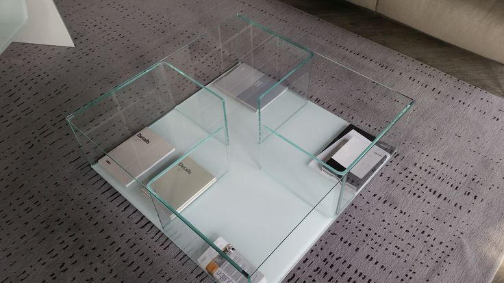 Tavolino Fiam mod. Quadro