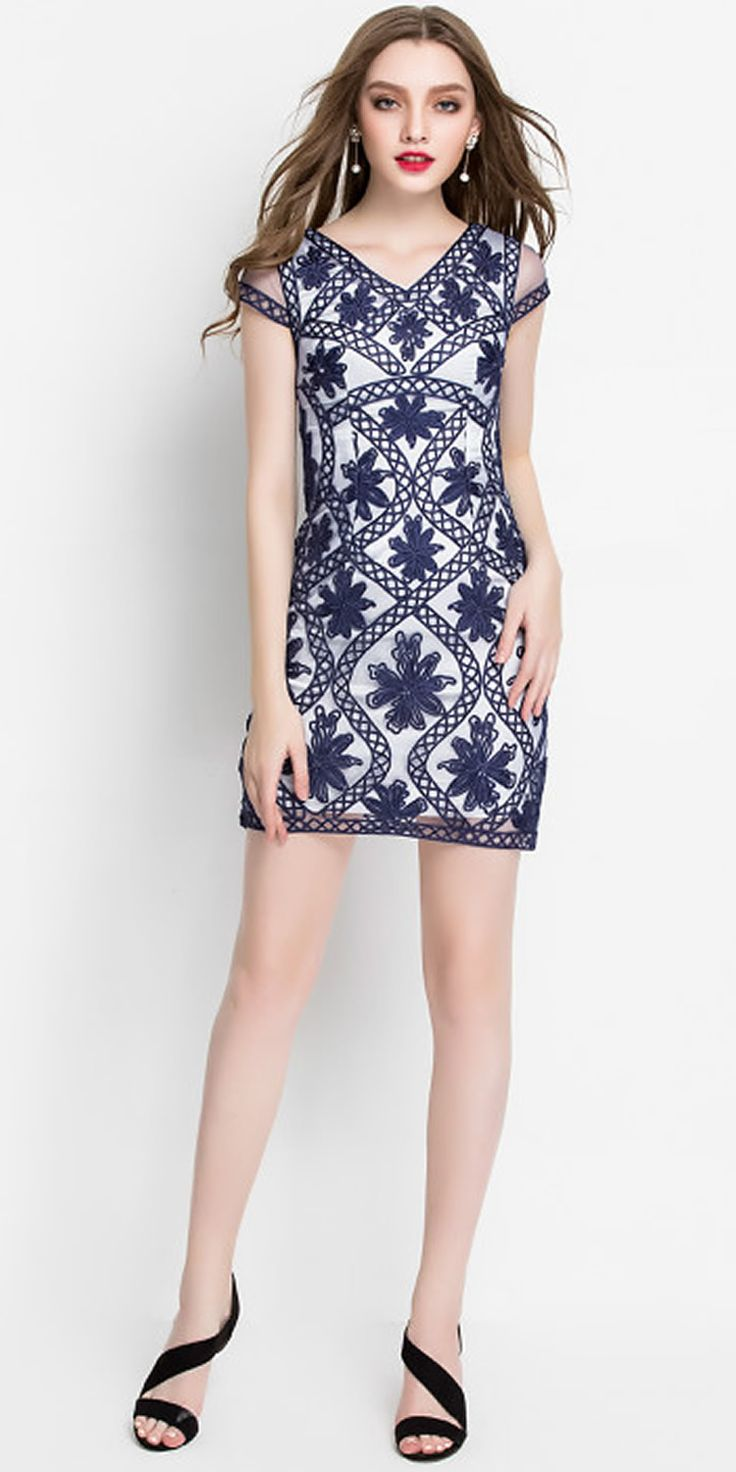 Vintage Embroidery Women Sheath Dress V-Neck Dresses 0516031B1 3 Color Optional