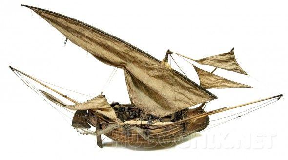 Модель португальской рыбацкой лодки мулеты. С 17 века и до конца 19 в районе дельты реки Тежу (Португалия, Лиссабон) строились и эксплуатировались рыбацкие лодки мулеты. Лодка отличалась самобытным строением корпуса и оригинальным парусным вооружением. В морском музее Лиссабона хранится модель этой лодки (середины 20 века), еще одна модель этой лодки хранится в морском музее Лондона. Сохранилось не так много фотографий и изображений этой лодки. Одним из таких изображений является картина…