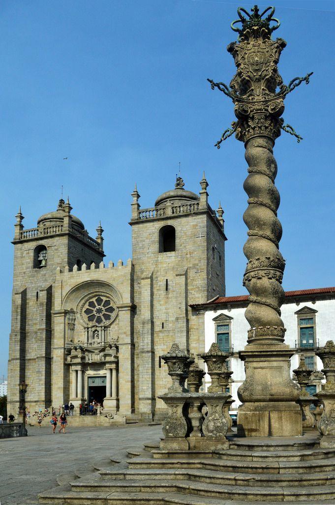 A Sé, Catedral da cidade do Porto, situada no coração do centro histórico da cidade do Porto, é um dos principais e mais antigos monumentos de Portugal.  O início da sua construção data da primeira metade do século XII, e prolongou-se até ao princípio do século XIII.   Esse primeiro edifício, em estilo românico, sofreu muitas alterações ao longo dos séculos. Da época românica datam o carácter geral da fachada com as torres e a bela rosácea, além do corpo da igreja de três naves coberto por…
