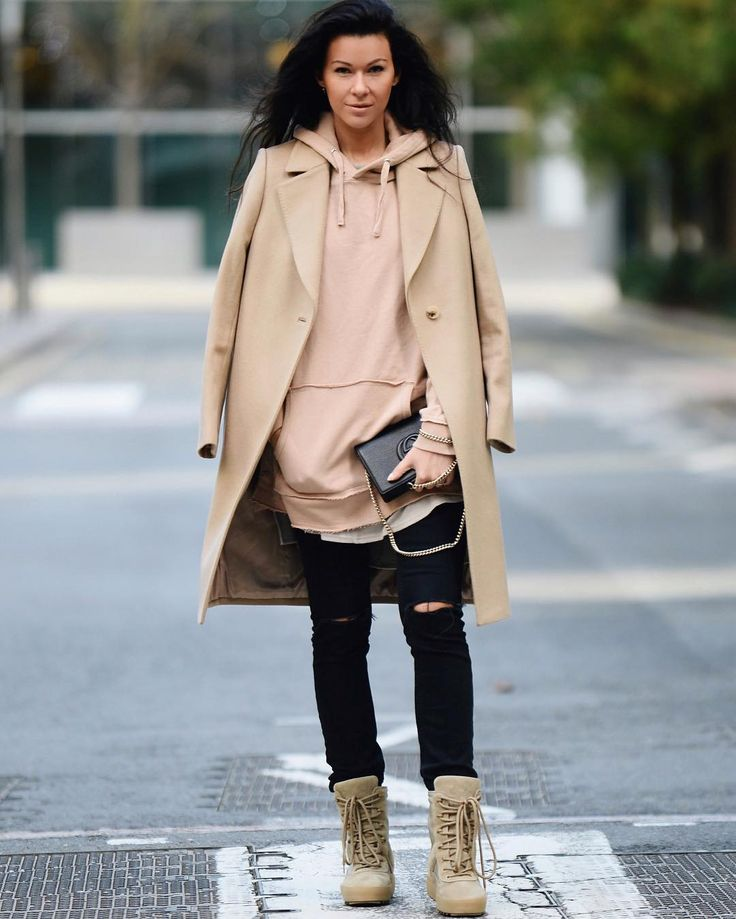 Rediscovering myself with the help of all these layers and Yeezy boots from @luisaviaroma | link in bio #luisaviaroma #yeezyseason3