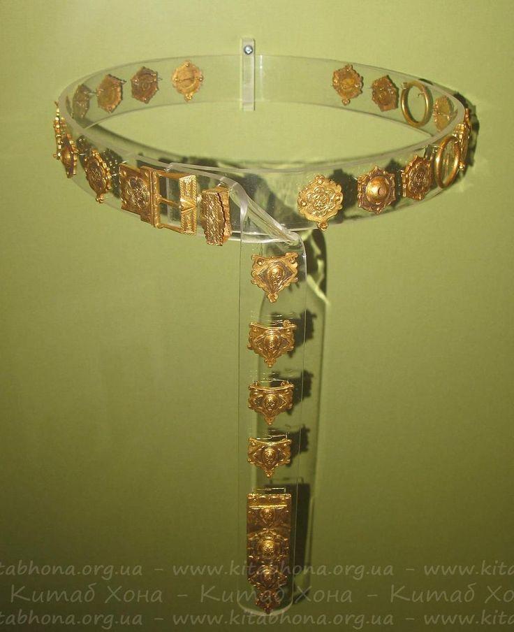 Золотые элементы золотордынского пояса, XIV-XV век