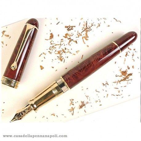 Piacere...Desiderio...Dedizione… Aurora 88 Sigaro #CasadellaPenna1937 #Aurora88 #pen #LimitedEdition #gift http://www.casadellapennanapoli.com/88/162-aurora-88-sigaro-penna-stilografica.html