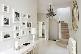 Risultati immagini per corridoio con specchi