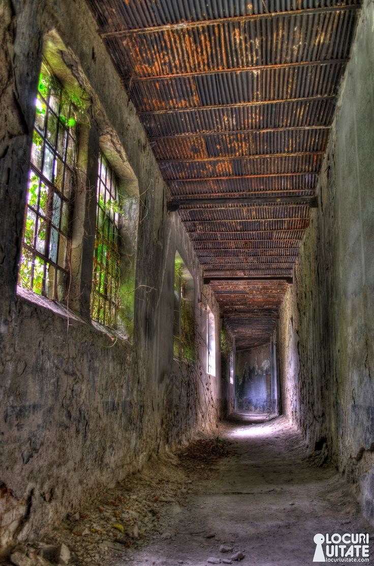 Română  De la o bere din Centrul Vechi, până la o discuţie în ceea ce priveşte Închisoare Doftana, eu şi Darmon  ne-am trezit bucuroşi într...