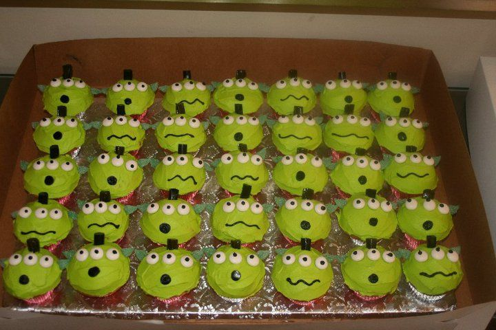 Iced and Sliced: Toy Story alien cupcakes
