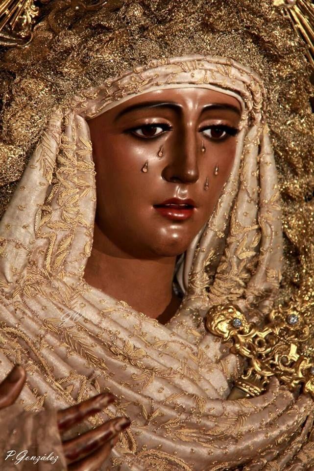 La Esperanza de Triana ya está en su paso de Palio  www.trianaocio.es