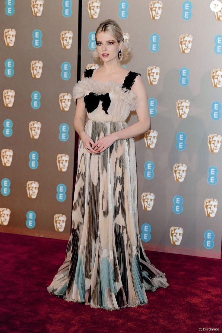 Pin by Cibele Diniz on biuri | Formal dresses long. Fashion. Hollywood celebrities