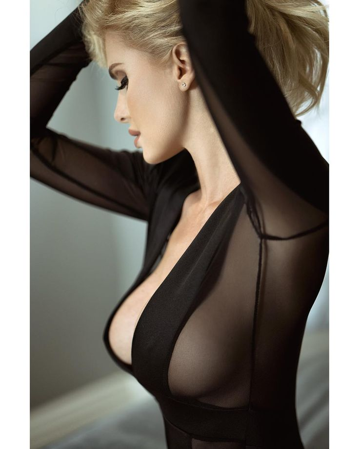 The most beautiful women on the planet from the highest quality images and the best photographers....