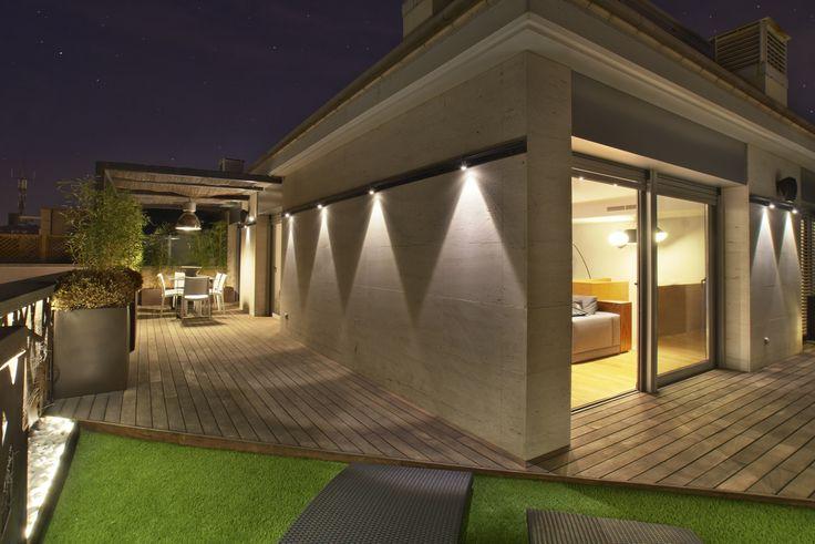 Exterior terraza moderno casas via planreforma - Casas de iluminacion ...