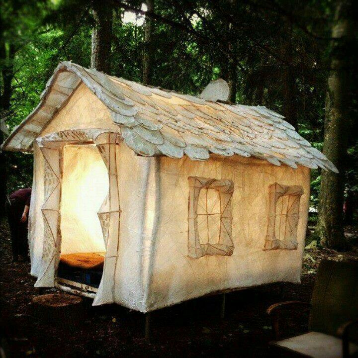❥ Canvas Cabin Tent~ reminds of something from a movie. How fun would this be!!