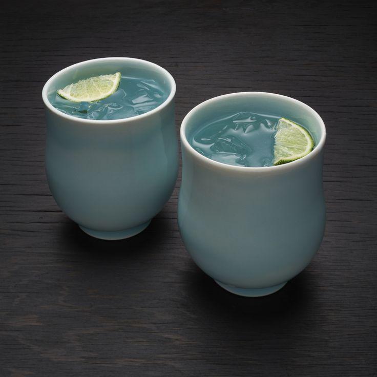 Fiske Celadon BlueFiske 6/10 Clear Base: F4 (Or MinSpar) Feldspar 34.9 Whiting 12.8 Zinc Oxide 11 OM4 Ball Clay 13.8 Silica 27.5 (Pictured: Add 1.75% Robin's Egg Blue Mason Stain)  variation Fiske 6/10 Clear Base: Minspar200 Feldspar 38, Whiting 14, Zinc Oxide 12, Calcined OM4 Ball Clay 10, OM4 Ball Clay 5, Silica 30. [H20 60%]