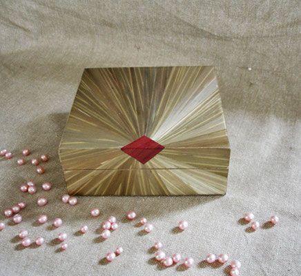 Petite boîte carré (vendue)