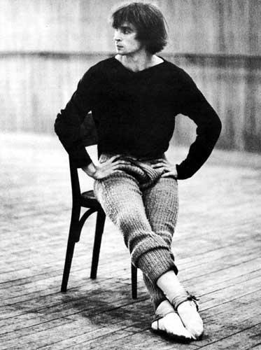 Rudolf Nureyev- so graceful, even when sitting...