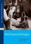 BOEKENTIP KOPEN - Mediapsychologie Dr. Ard Heuvelman - Hoe gaan mensen om met de traditionele en nieuwe media? In Mediapsychologie wordt de cognitieve en affectieve verwerving van media-informatie en de mediaconsumptie bestudeerd.