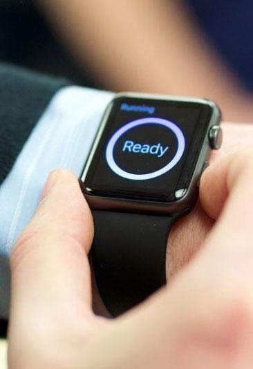 volkswagen 39 s apple watch app will let you unlock your car from your wrist volkswagen track. Black Bedroom Furniture Sets. Home Design Ideas