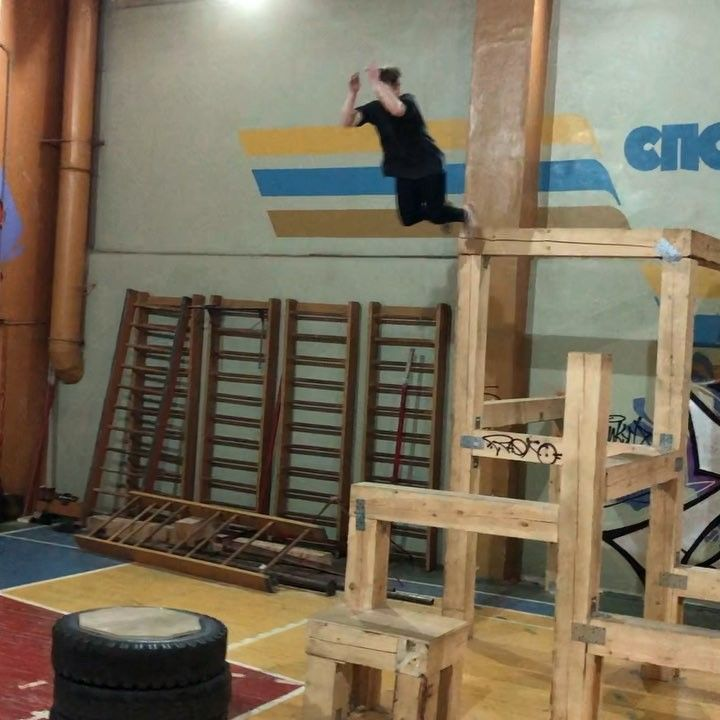 Credit: @barchecha  GYM: @spotparkour LIKE AND FOLLOW @pkfrtv TAG TWO FRIENDS PLEASE ___________________  HashTag: #pkfr #pkfrcrew #pkfrtv #pkfrworld  #parkour #freerun #jump #freerunning #gym #motivation #gymnastics #amazing #crazy #training #flip #workout #tricking #3run #trainhard #trampoline #tricks #fitness #extreme #combo #train