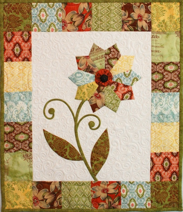 FREE pattern: Curio Flower Mini Quilt from Erin Russek/One Piece at a Time