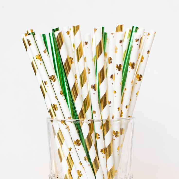 Gold and Green St. Patricks Day Straws