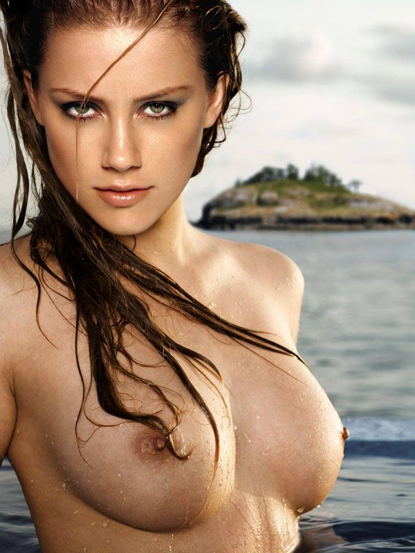 Amber Heard Naked Boobs