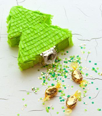 DIY Mini Christmas Tree Pinata Favors/Gifts - super cute!