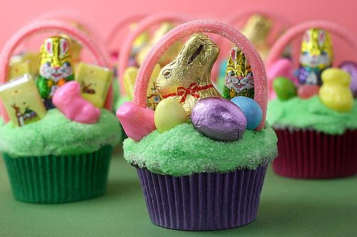 Happy Easter cupcakes. Yum!: Easter Parties, Cute Cupcakes, Easter Candy, Cupcakes Ideas, Baskets Cupcakes, Easter Baskets, Easter Cupcakes, Cups Cakes, Cupcakes Rosa-Choqu