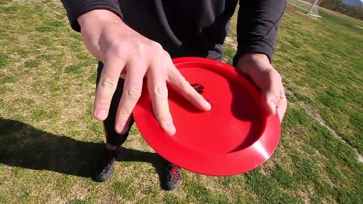 SpinTV TIPS: Sidearm grips with Disc Golf World Champion Avery Jenkins.