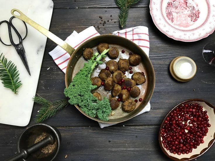 Veganska julköttbullar | Jävligt gott - en blogg om vegetarisk mat och vegetariska recept för alla, lagad enkelt och jävligt gott.