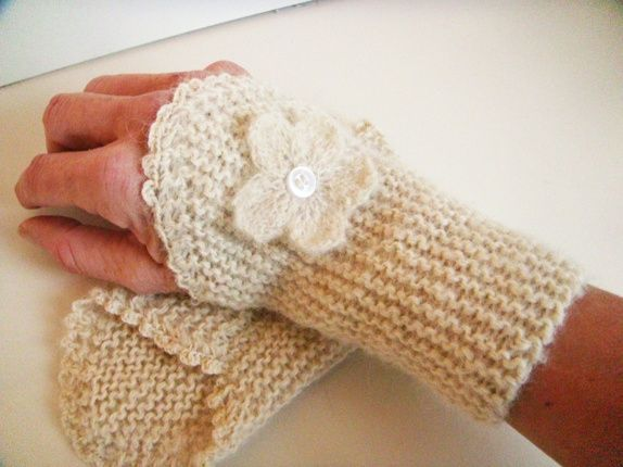 Eplabiter - Wrist warmers hand knitted with alpacca wool Pulsvarmere i alpaca https://epla.no/shops/wenchesstrikkebod/