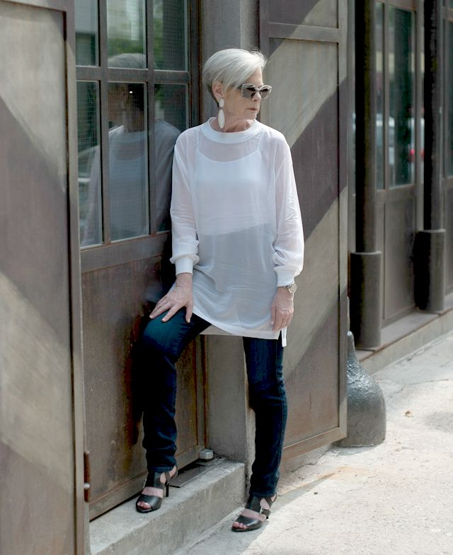 Lyn from Accidental Icon describes her style as romantic, artistic, and comfortable.