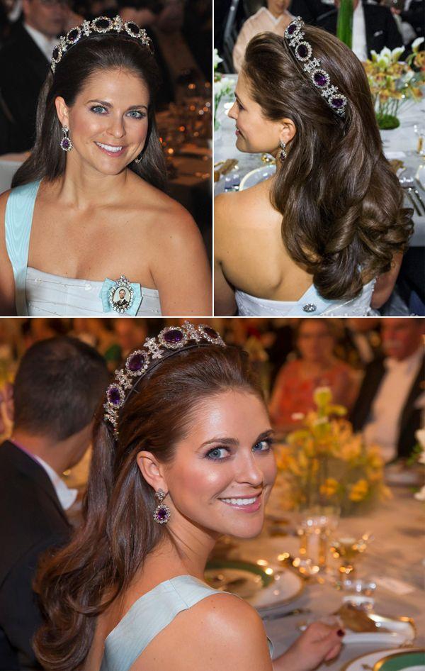 A combinação tiara + cabelo solto é uma ótima aposta para as noivas que não abrem mão de um, nem de outro. Vem ver algumas inspirações!