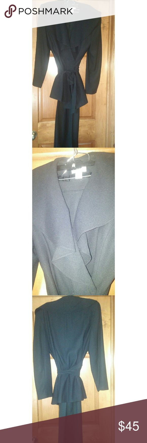 BLACK PANT SUIT Lovely suite with wrap belt and large collar Pants Jumpsuits & Rompers