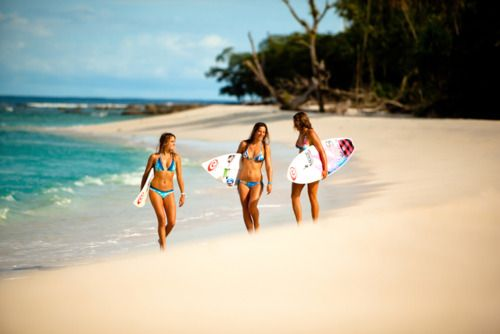 Learned how to surf when I was 6 months pregnant, tried it recently and loved it again (harder though :)