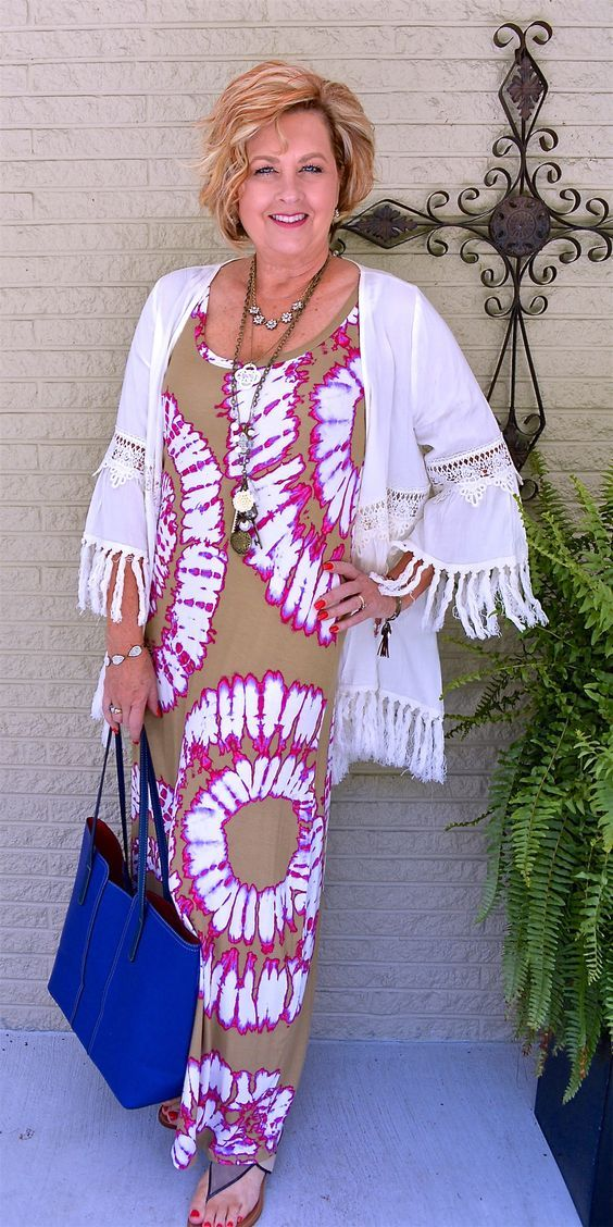 50 Gorgeous Summer Outfits For Women Over 40 Years Old -5079