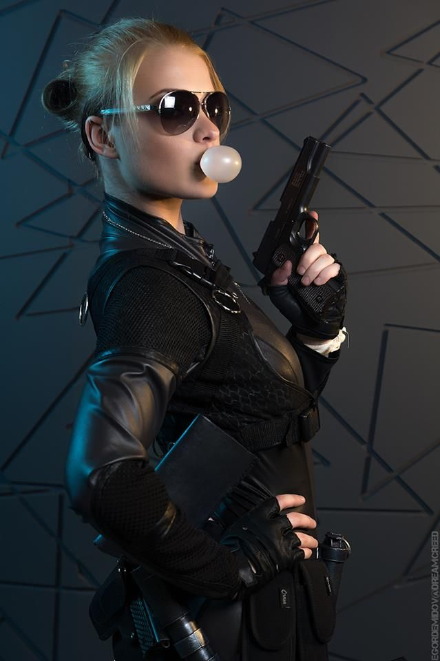 Mortal Kombat X Cosplay: Cassie Cage by CaptainIrachka